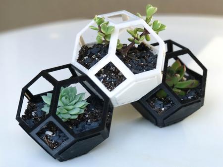 Plantygon - Modular Geometric Stacking Planter