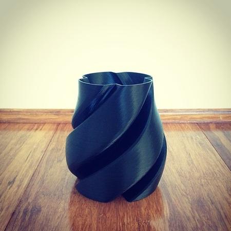 Propellor Vase