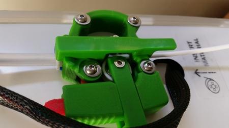 Alimentador de rodamiento mod para el filamento flexible