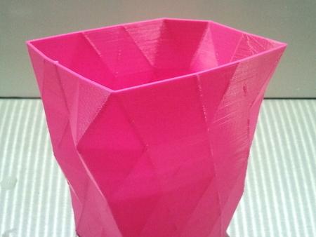 low res hi quality vases on ultimaker