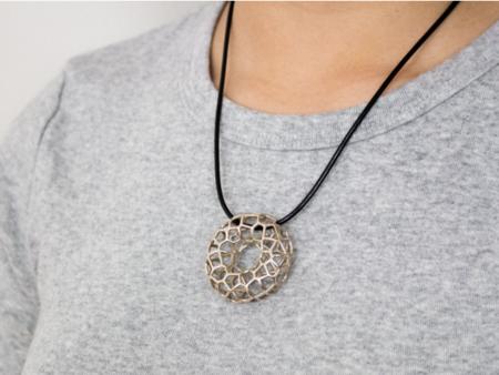 Voronoi Torus Necklace