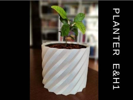 Planter / Pot / Vase - Four Sizes