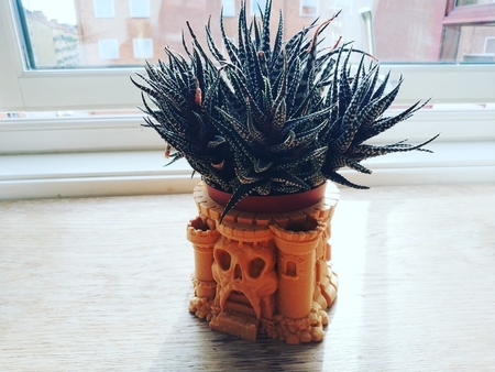 Flower-Plant pot