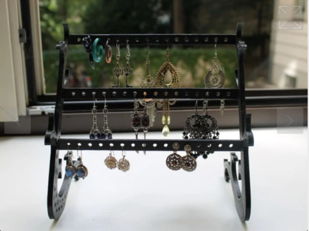 Customizable Earring Stand